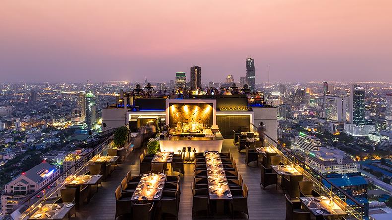 ห้องอาหารเวอร์ทิโก้ Vertigo โรงแรมบันยันทรี กรุงเทพ Banyan Tree Bangkok