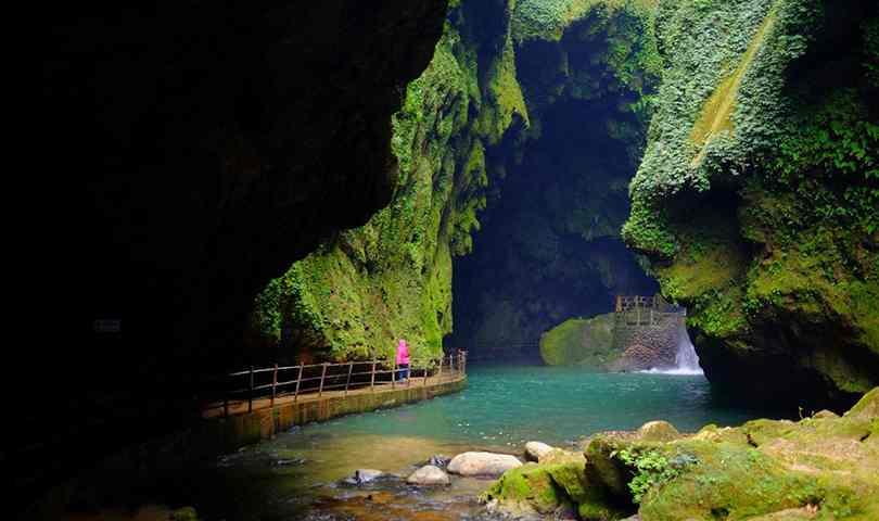 ทัวร์จีน เที่ยวน้ำตก 2 ประเทศ จีน - เวียดนาม 7 วัน 5 คืน