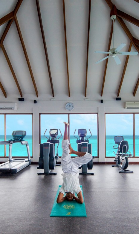 - ศูนย์ออกกำลังกายหรือฟิตเนส เซ็นทารา แกรนด์ ไอส์แลนด์ รีสอร์ท แอนด์สปา มัลดีฟส์  -