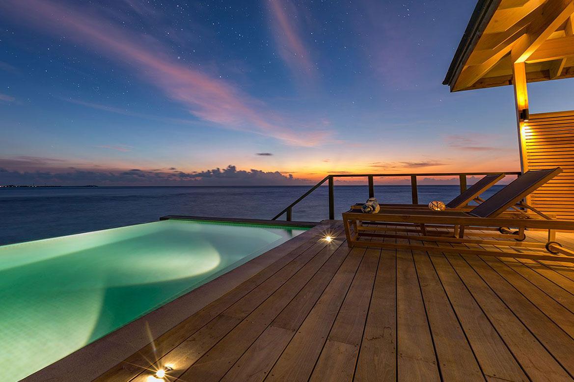 - ห้องพักแบบ OCEAN POOL VILLAS -