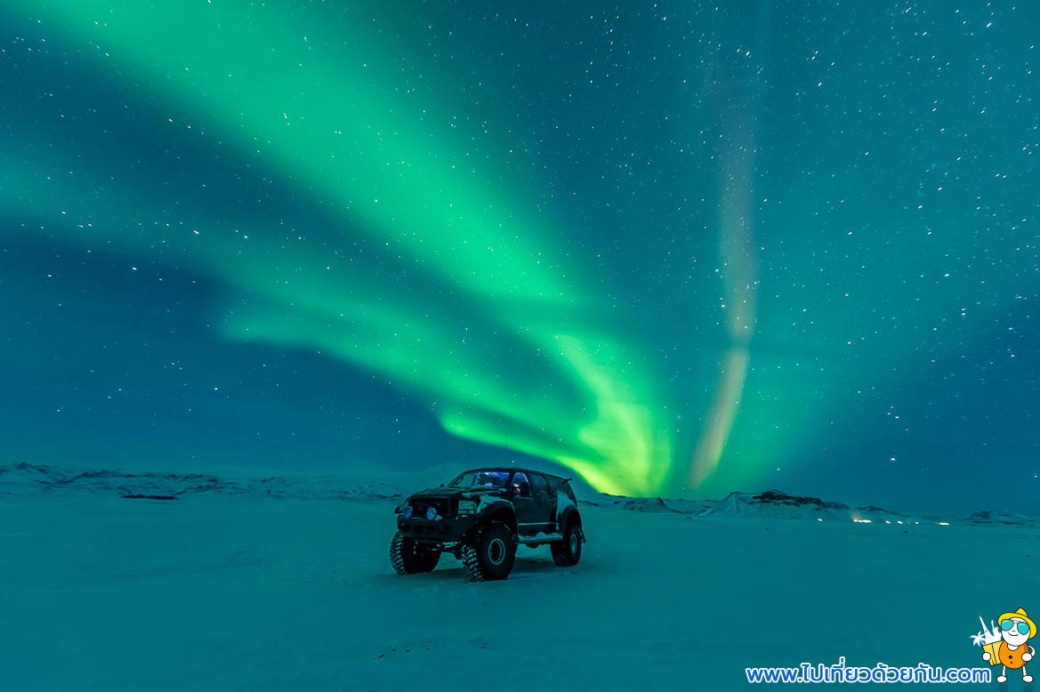 - เที่ยวไอซ์แลนด์ช่วงเวลาตามล่าแสงเหนือ -