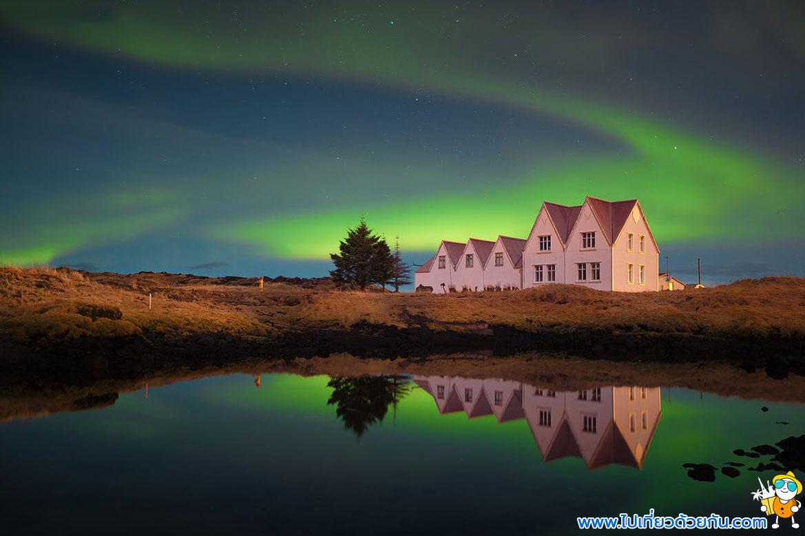 - สถานที่ดูแสงเหนือไอซ์แลนด์ -