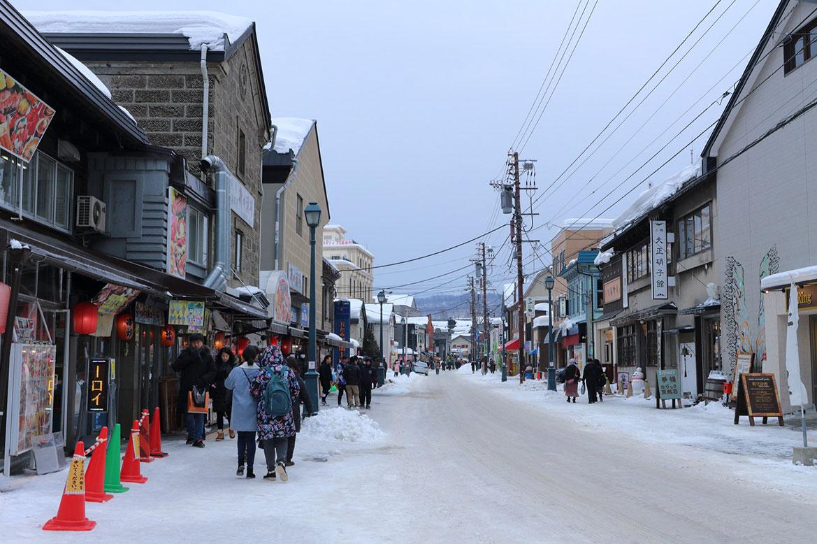 - ถนนซาไกมาจิ (Sakaimachi), เมืองโอตารุ (Otaru) -