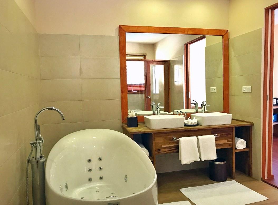 - ห้องพัก คุดะฟูชิ รีสอร์ทแอนด์สปา สไตล์ Water Villa -