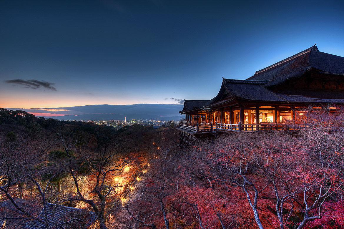 วัดน้ำใส คิโยมิสึ Kiyomizu Temple วัดน้ำศักศิทธิแห่งเมืองเกียวโต เที่ยวกับทัวร์ญี่ปุ่น ต้องมาโอซาก้าแล้วต้องมาที่นี่ให้ได้