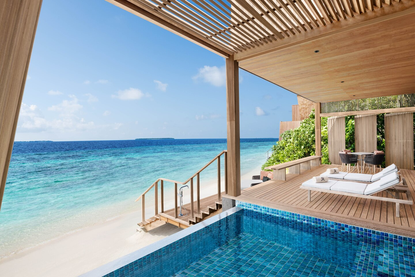 - Beach Villa with Pool -