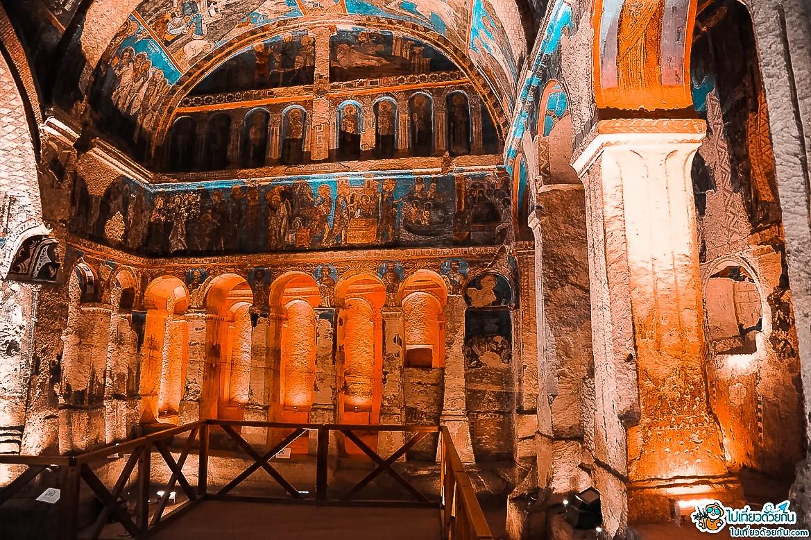 - โบสถ์เซนต์แคเธอรีน ประเทศตุรกี -