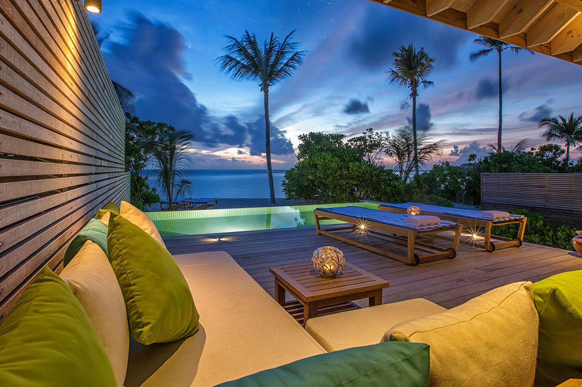 - ห้องพักแบบ BEACH SUNSET POOL VILLAS -