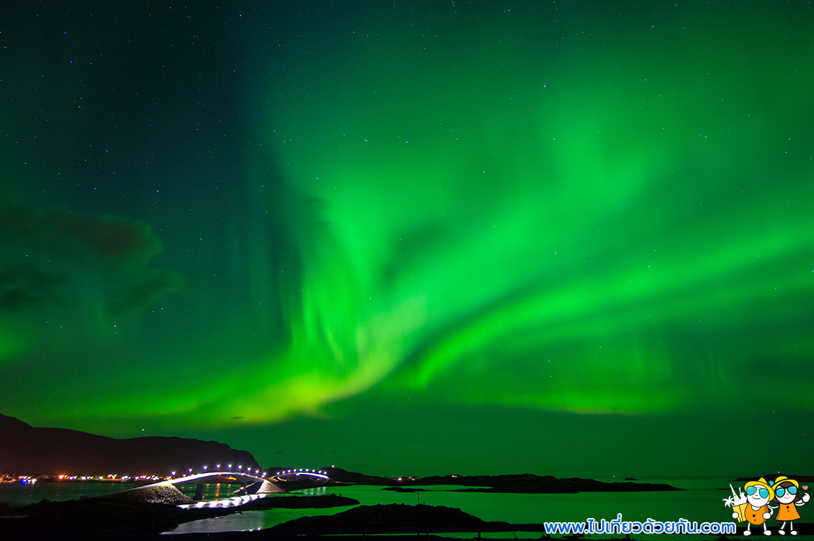 - ล่าแสงเหนือไอซ์แลนด์ -