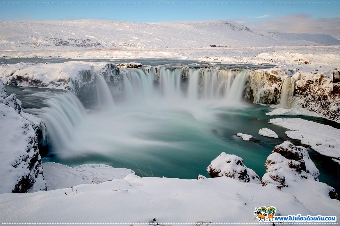 - น้ำตกGoðafoss -