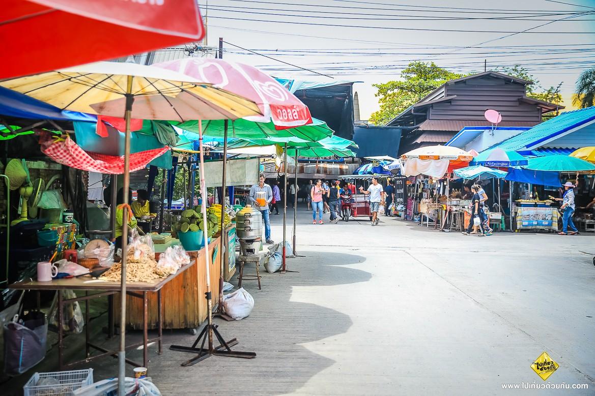 - ร้านขายของ ตลาดน้ำขวัญเรียม -